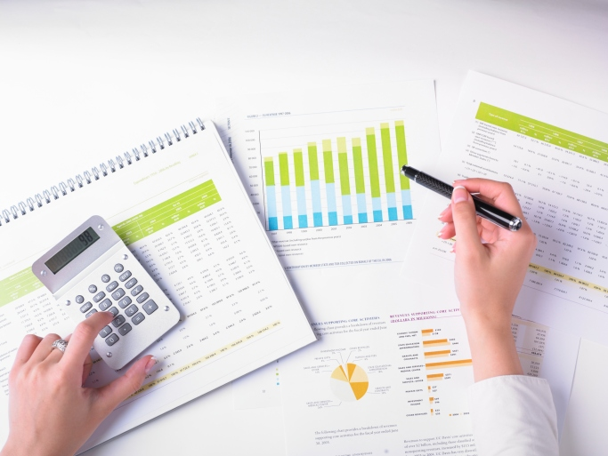 income property owner calculating rent and cash flow