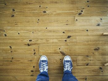 Laminate-flooring-in-baltimore-county-rental-property