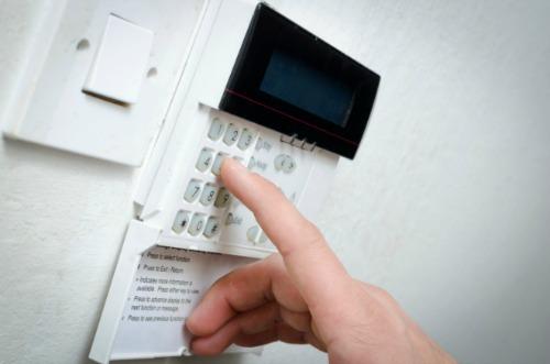 safety-alarm-rental-property
