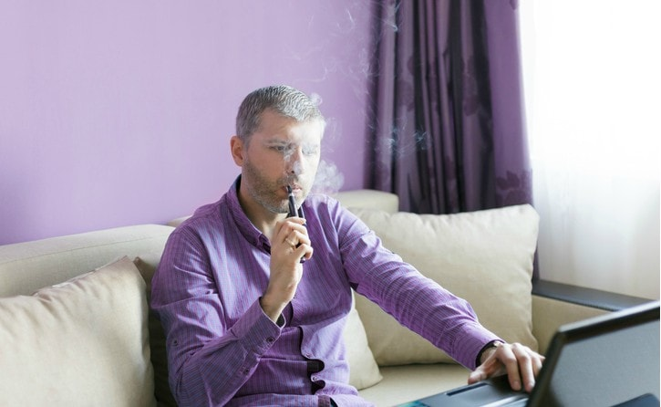 montgomery-county-rental-resident-smoking-ecigarette