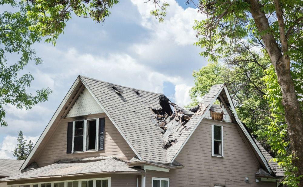 Guide to Roof Damage and Repairs in Your Philly Rental