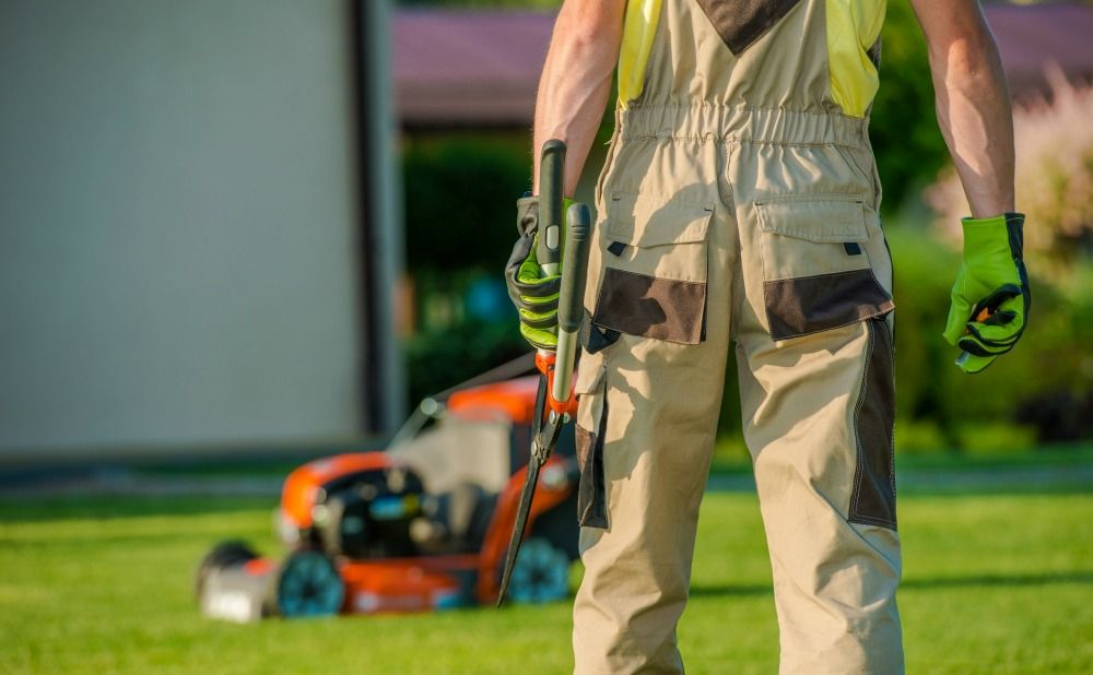 Clean the Exterior of Your Rental Property Prior to Listing