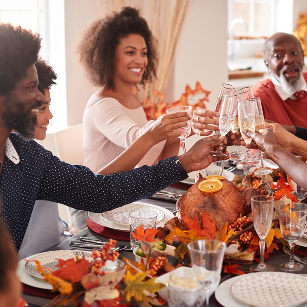 thanksgiving laurel apartment