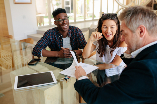 How to Show Rental Properties and Prequalify Tenants Before Showings
