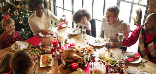 10 Tips for Stress-Free Holiday Entertaining in a Rental Property