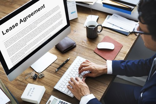 Essential Lease Clauses Every Rental Agreement Needs